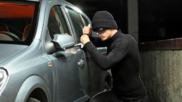 Отличия угона машины от её кражи