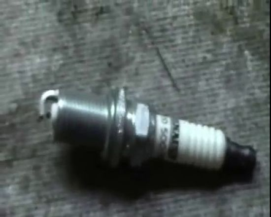 Свечи зажигания применяют в Рено Логан