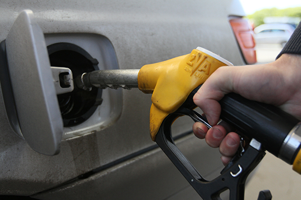 Как автовладельцев обманывают на АЗС