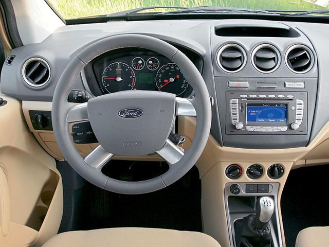 На что обратить внимание при покупке Форд Торнео Коннект